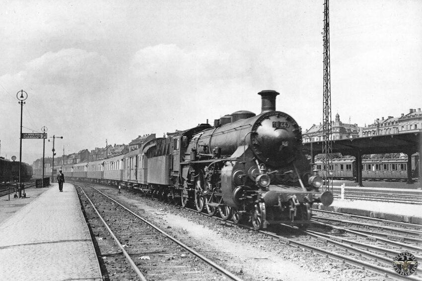 Baureihe 18.4 met de Rheingold